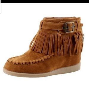 BAMBOO sz 10 moccasin fringe  buckle ankle boots